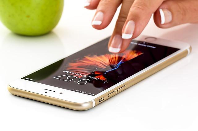 jablko u mobilu